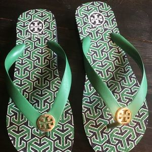 Authentic Tory Burch green & navy flops